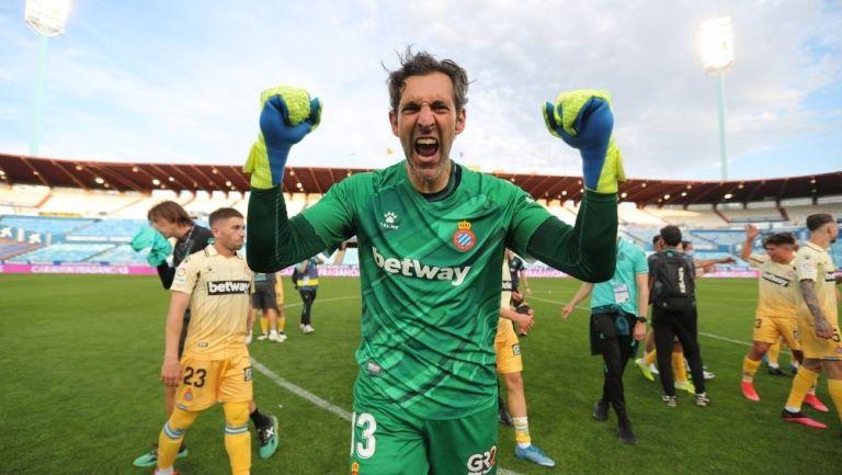 Diego López festeja el ascenso