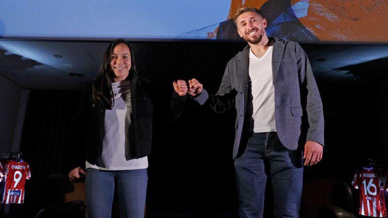 Héctor Herrera y Charlyn Corral tras su conversación