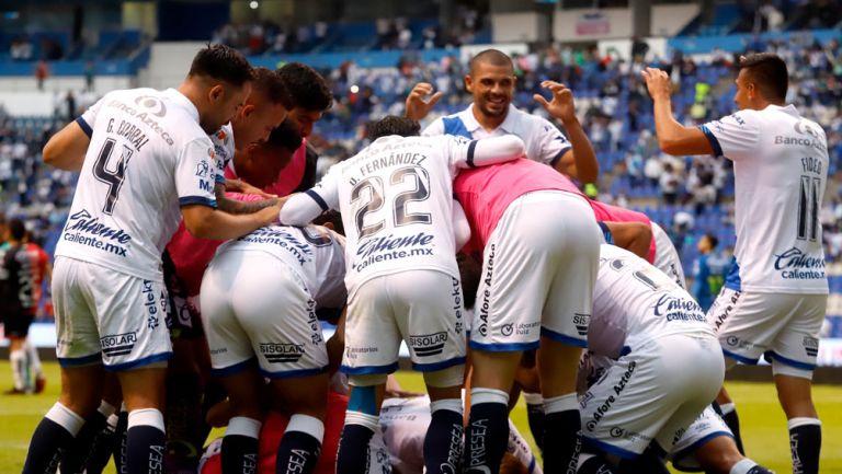 Puebla festeja la anotación que les dio su pase a 'Semis'