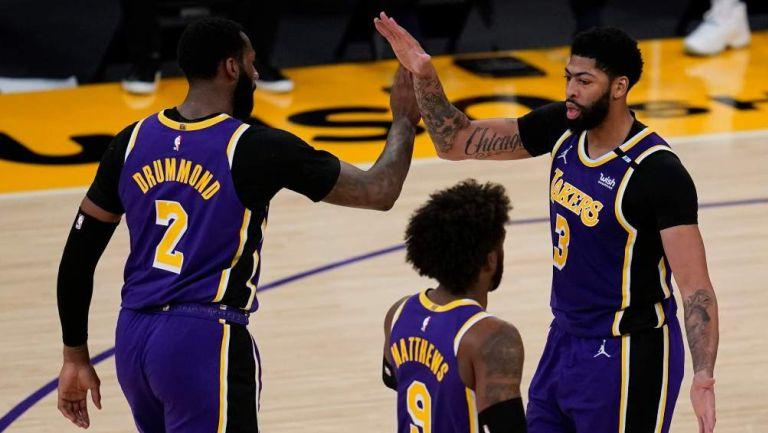 Lakers en juego