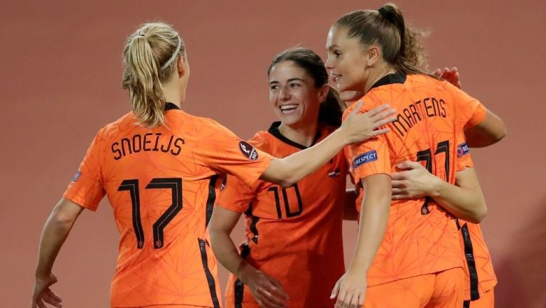 Holanda permitirá equipos mixtos