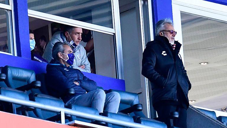 Armando Martinez junto a Jesús Martínez en partido de Tuzos