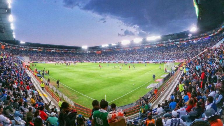 Las gradas del Estadio hidalgo previo al partido entre Pachuca y Cruz Azul