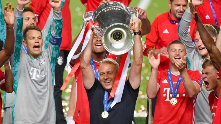 Hansi Flick celebra con el Bayern