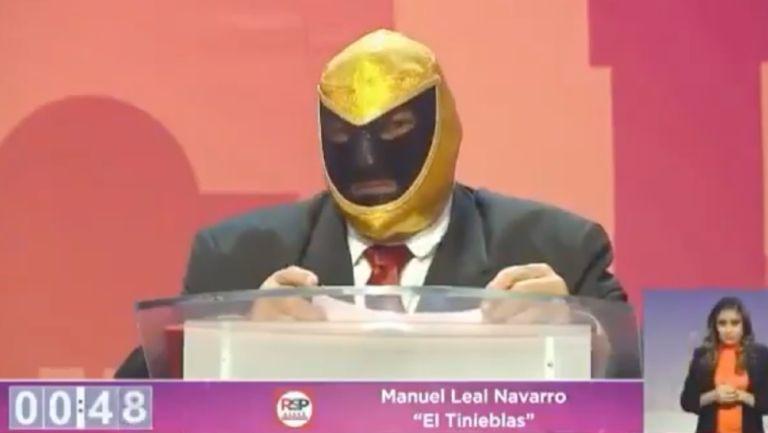 Tinieblas durante debate por la Venustiano Carranza
