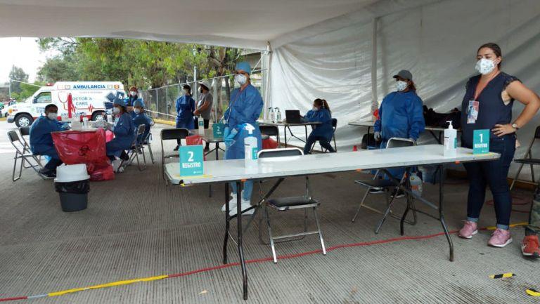 Centro de pruebas PCR al azar en el Estadio Cuauhtémoc