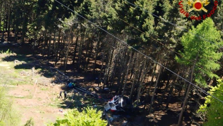 Teleférico se estrelló en Italia