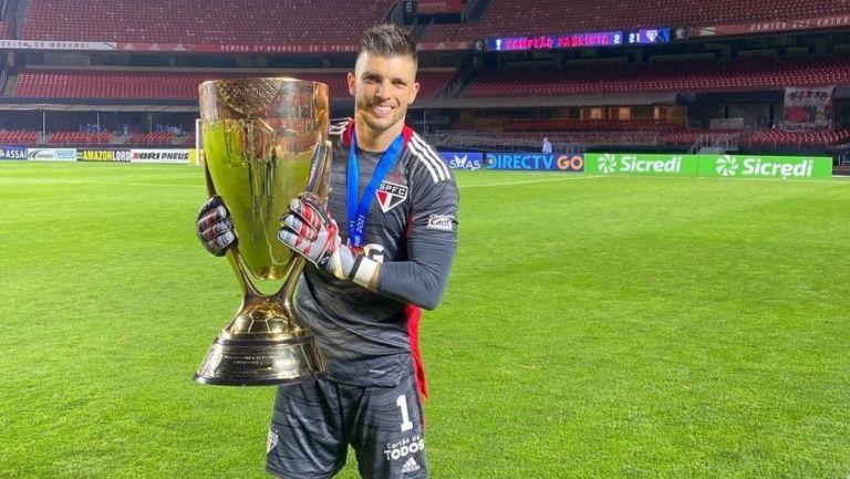Tiago Volpi con el Campeonato Paulista