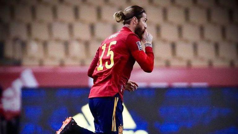 Sergio Ramos: 'Después de unos meses jodidos, también se une la Eurocopa'