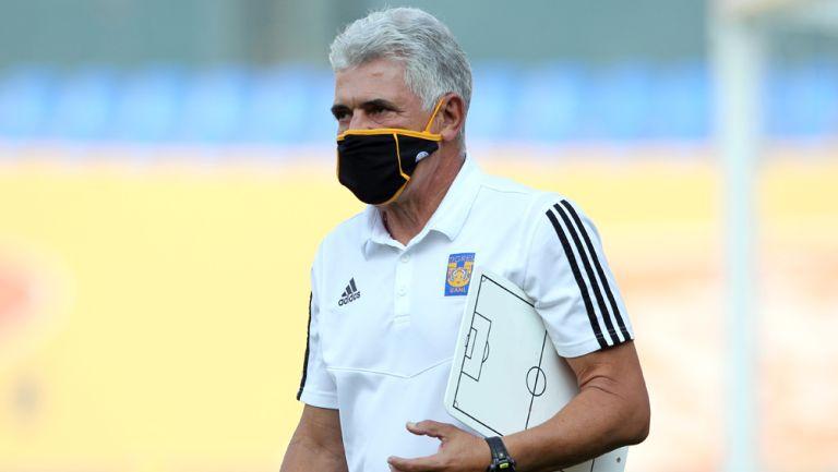 Tuca Ferretti, previo a juego ante Tigres