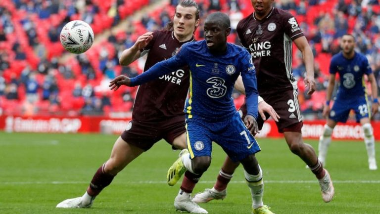 N'golo Kanté en acción con Chelsea