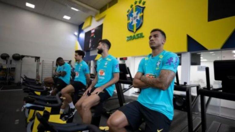 Jugadores de Brasil en concentración