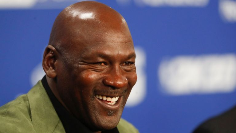 Michael Jordan en conferencia de prensa
