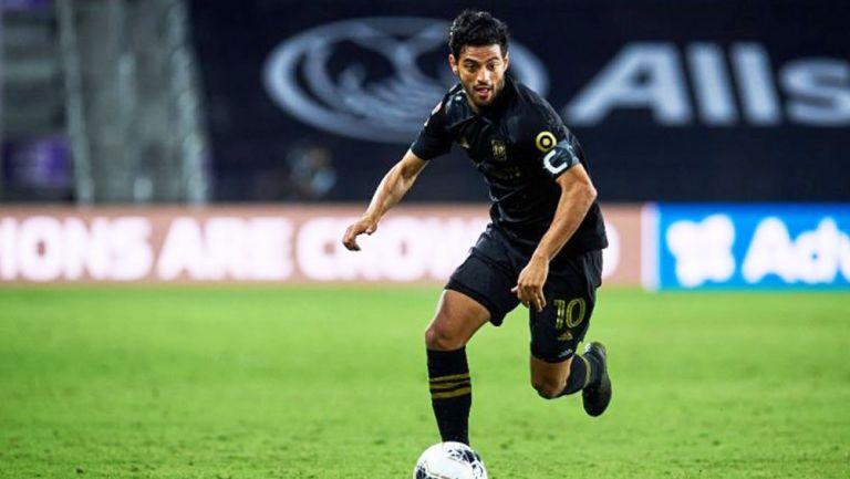 Carlos Vela durante un partido con LAFC