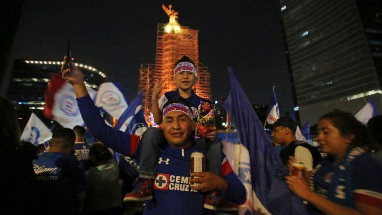 Cruz Azul: Cerca de 80 mil aficionados celebraron título en el Ángel, reportó Sheinbaum