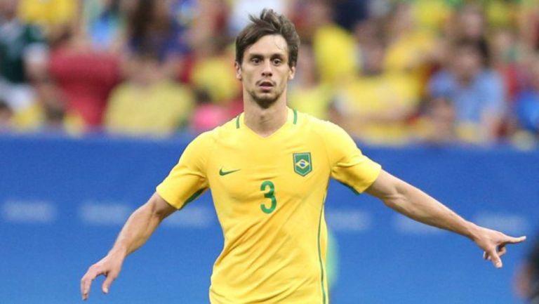 Selección Brasil: Llamó a Rodrigo Caio en lugar de Thiago Silva para eliminatorias