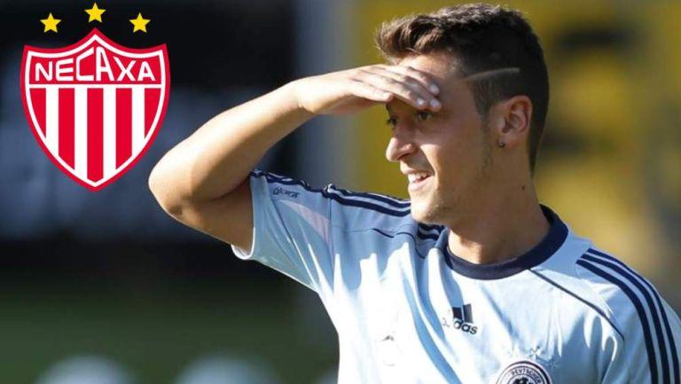 Mesut Özil en partido