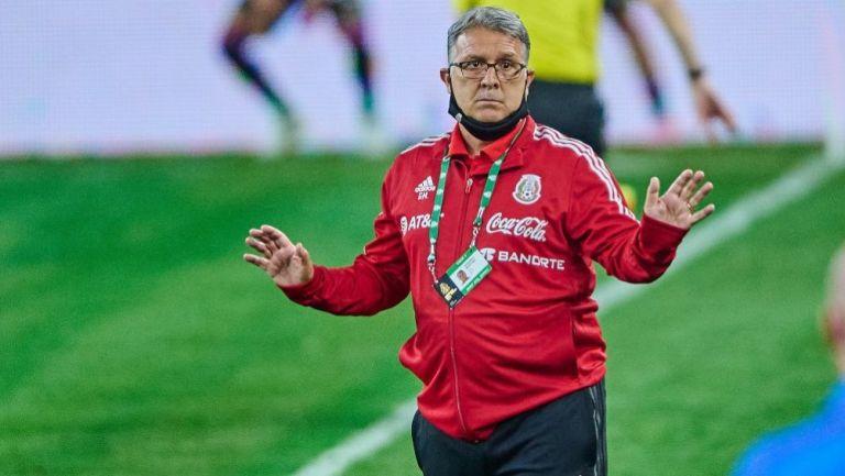 Gerardo Martino en el partido entre México e Islandia
