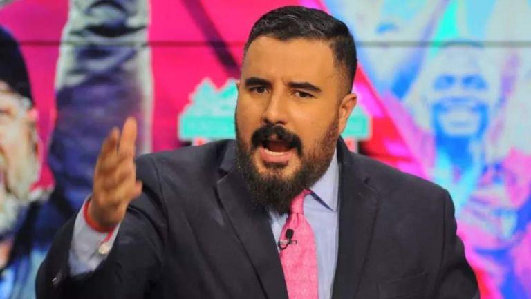 Álvaro Morales en presentación