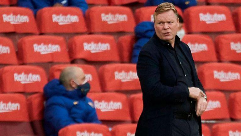 El técnico neerlandés en un partido