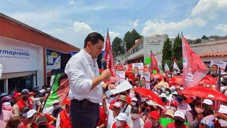 Guillermo Zamacona Urquiza  en evento de campaña