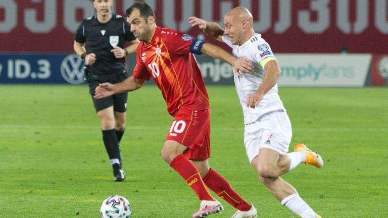 Goran Pandev en acción con Macedonia