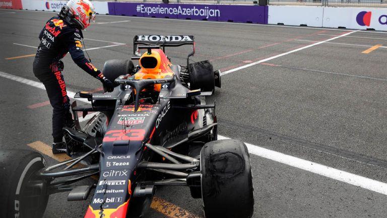 Max Verstappen tras accidente en el Gran Premio de Azerbaiyán
