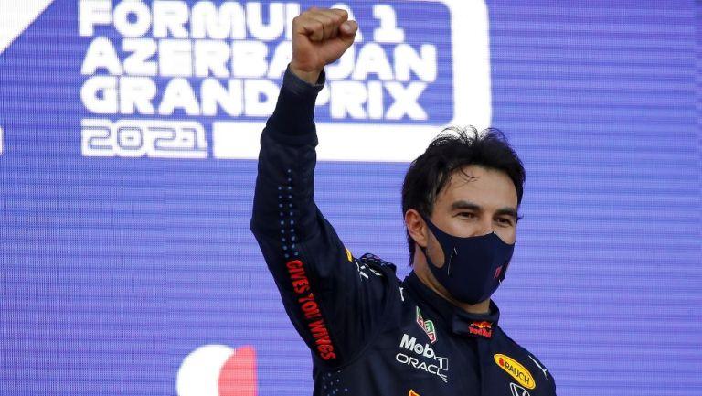 Canelo Álvarez felicitó a Checo por su triunfo en GP de Azerbaiyán