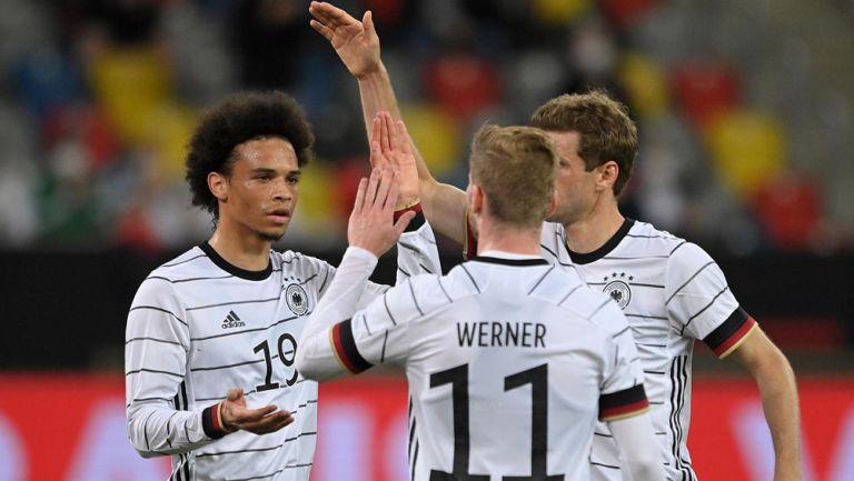 Jugadores de Alemania, en festejo de gol
