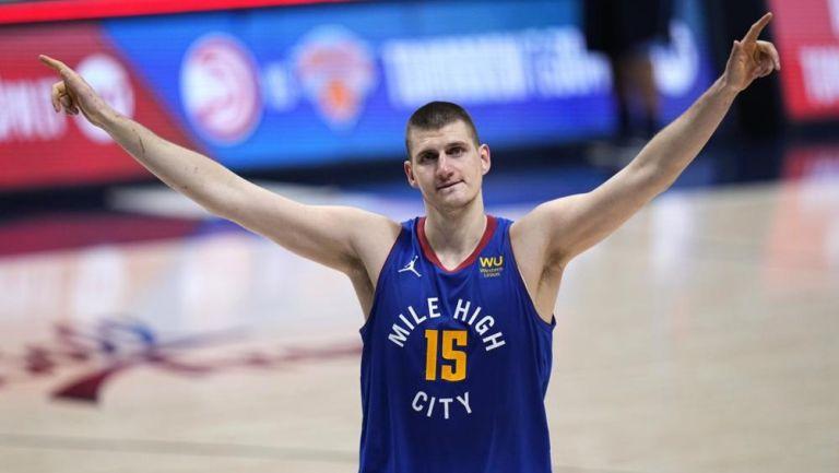 El pívot serbio de los Denver Nuggets fue elegido el Jugador Más Valioso de la temporada 2021