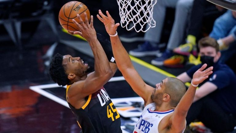 Donovan Mitchell en el partido entre el Jazz y los Clippers