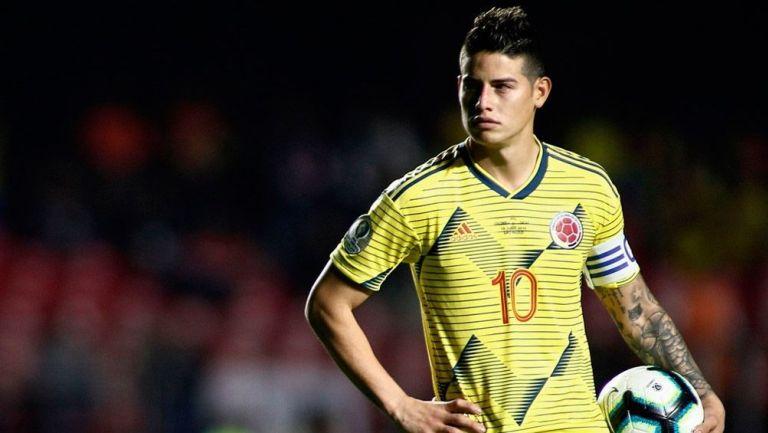 James Rodríguez en un partido con Colombia