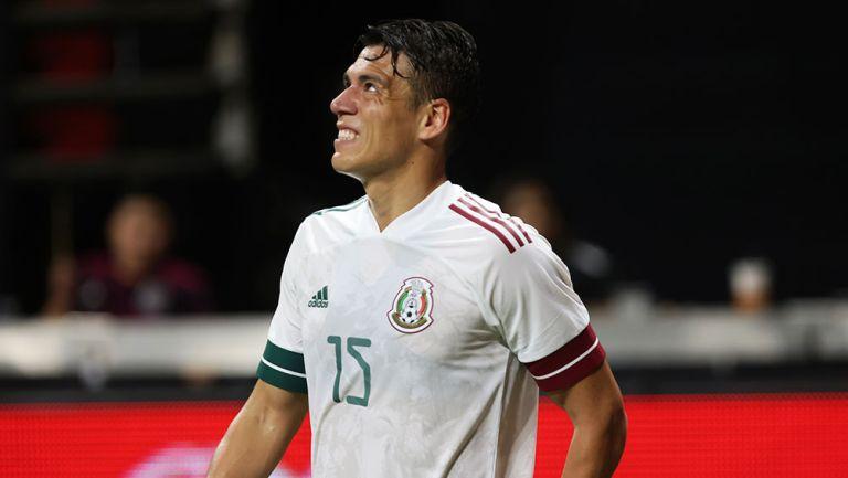 Héctor Moreno en el juego contra Honduras