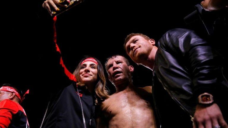 Nicole, Julio César y Canelo
