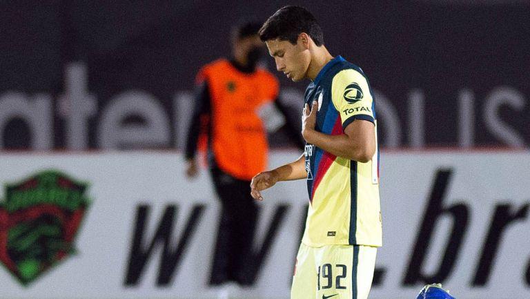 Ramón Juárez, previo a inicio de un juego