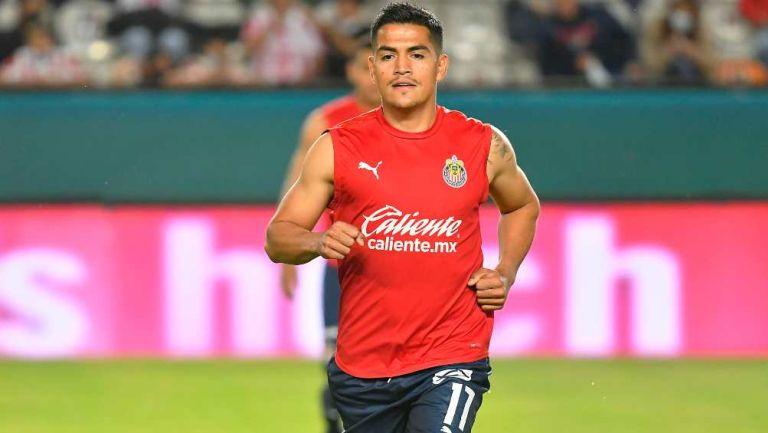 Jesús Sánchez en partido con Chivas