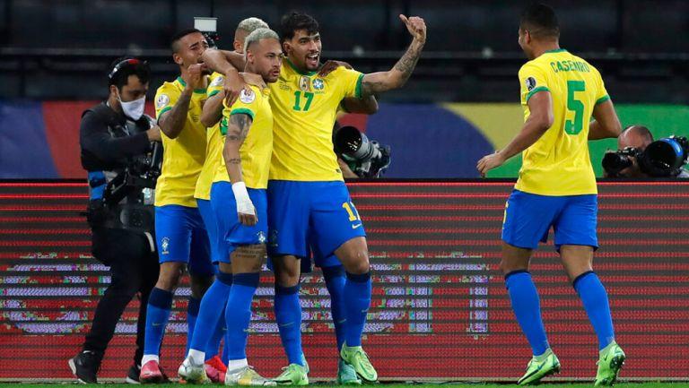 Brasil, en festejo de gol