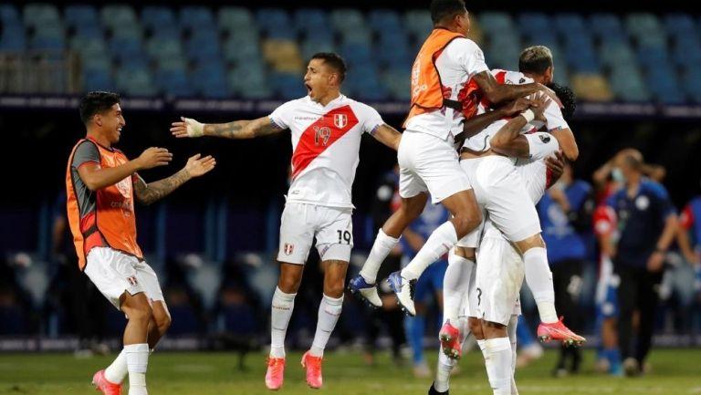 Perú eliminó a Paraguay