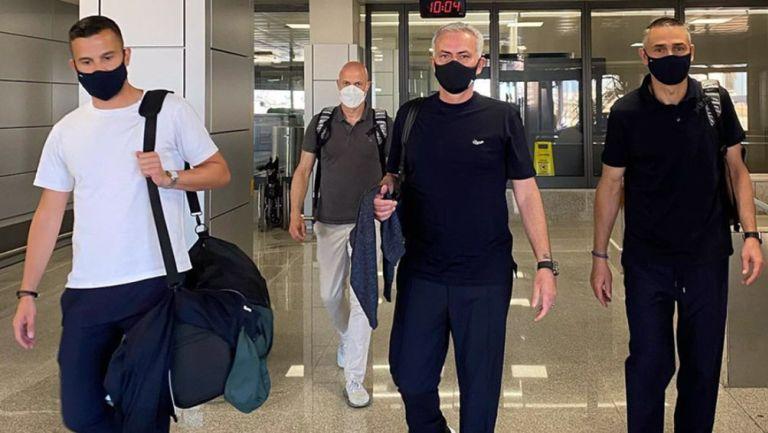 José Mourinho llegando a suelo romano