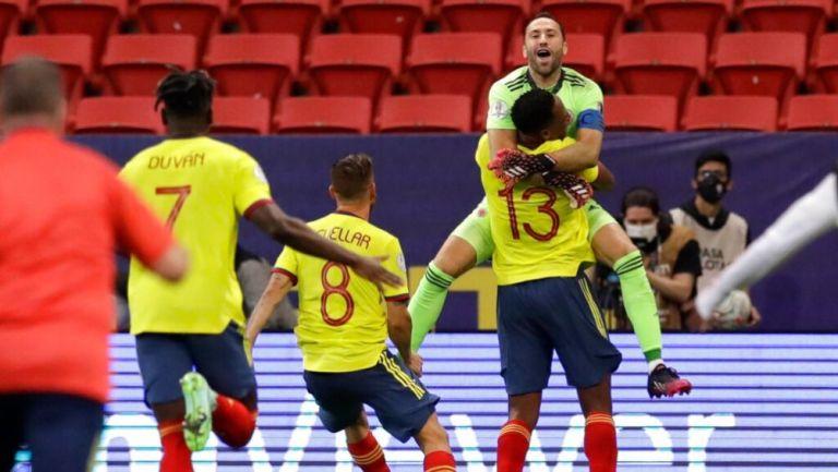 Ospina festejando su pase a las Semifinales