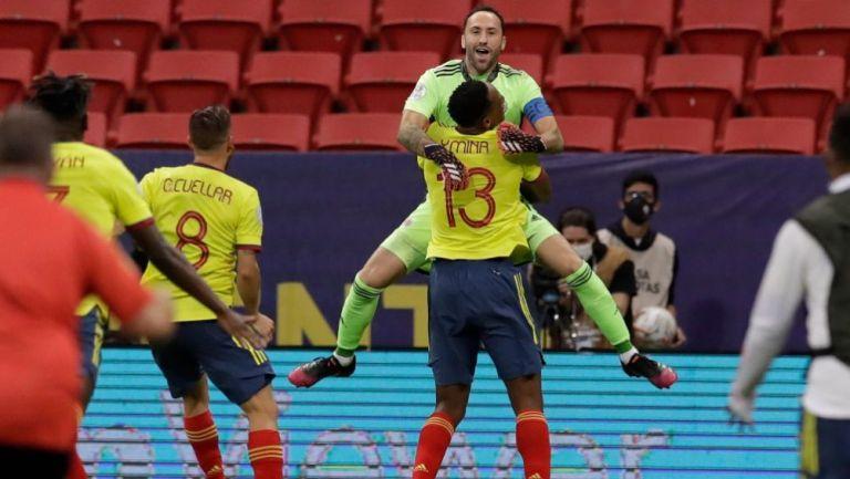 David Ospina festejando el pase a Semifinales de Colombia