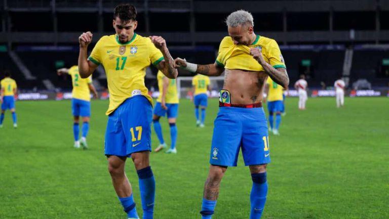 Brasil en festejo gol