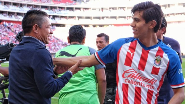 Nacho Ambriz y JJ Macías en saludo