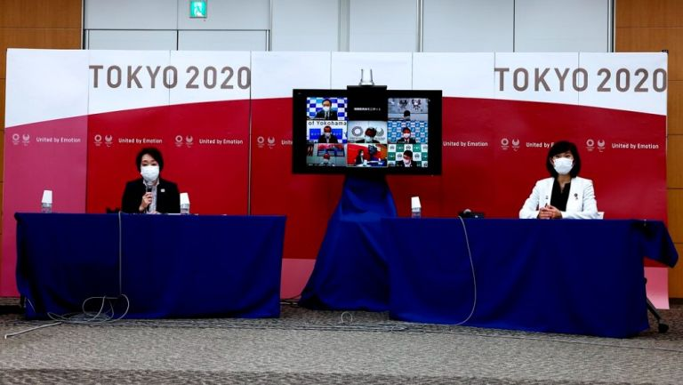 Seiko Hashimoto y Tamayo Marukawa en conferencia