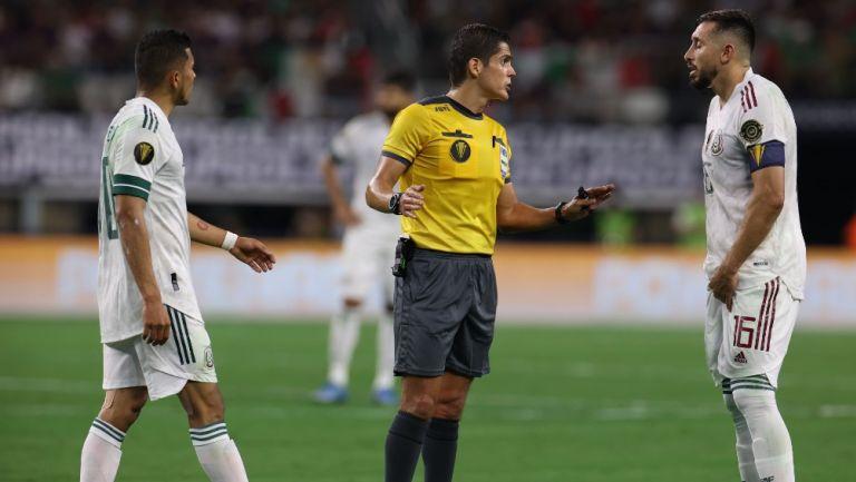 Selección Mexicana: Héctor Herrera, molesto con arbitraje en juego ante los trinitarios