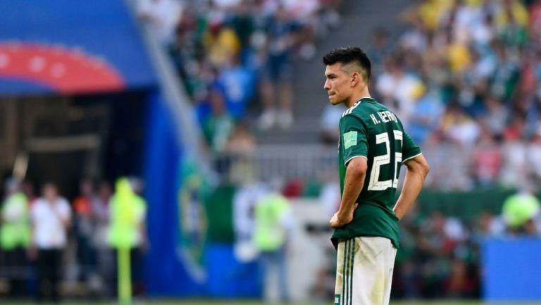 Hirving Lozano en lamento con el Tricolor