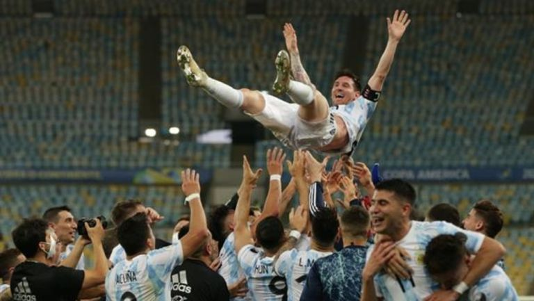 """Video: """"Messiento campeón"""", celebra Selección Argentina título de Copa América"""