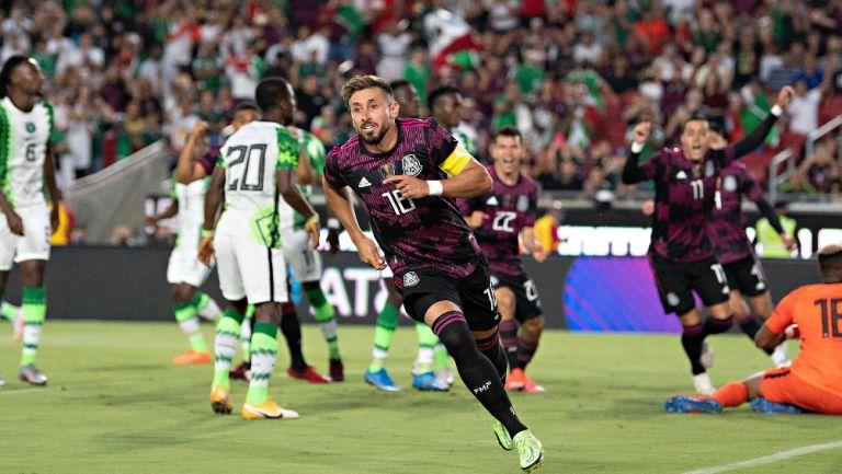 Héctor Herrera durante un partido con el Tri