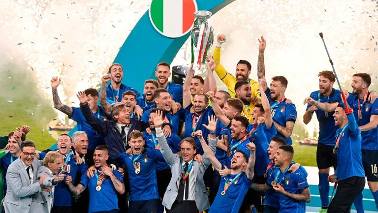 Italia: Cada jugador recibirá 250 mil euros por título en la Eurocopa