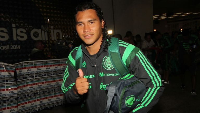 Carlos Peña durante una concentración con el Tricolor
